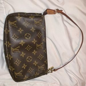 Authentic vintage Louis Vuitton Pochette bag